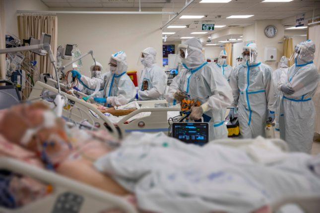 מחלקת קורונה בבית החולים שערי צדק בירושלים. צילום: אוליביה פיטוסי/ פלאש 90